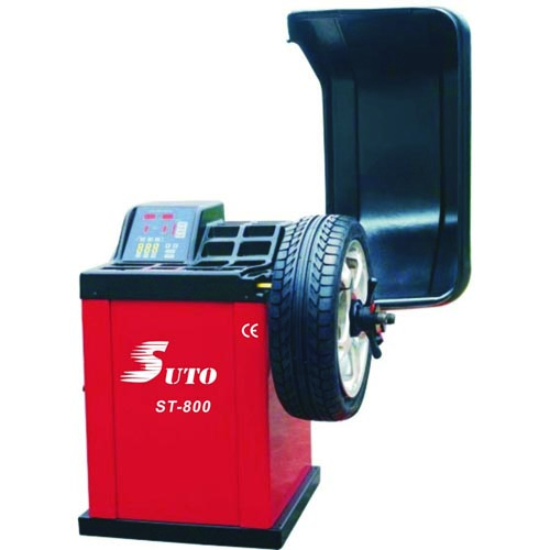 ST-800 Automotive wheel balancer